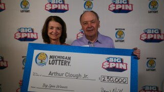 2019_MICHIGAN-LOTTERY_THE-BIG-SPIN_8-29-19-SELECTS-354.jpg