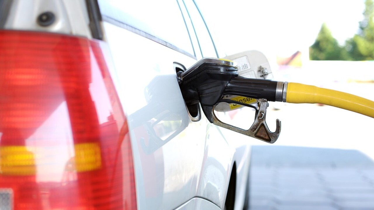 Las Vegas Gas Prices >> Las Vegas Gas Prices Fell 1 8 Cents Per Gallon This Week