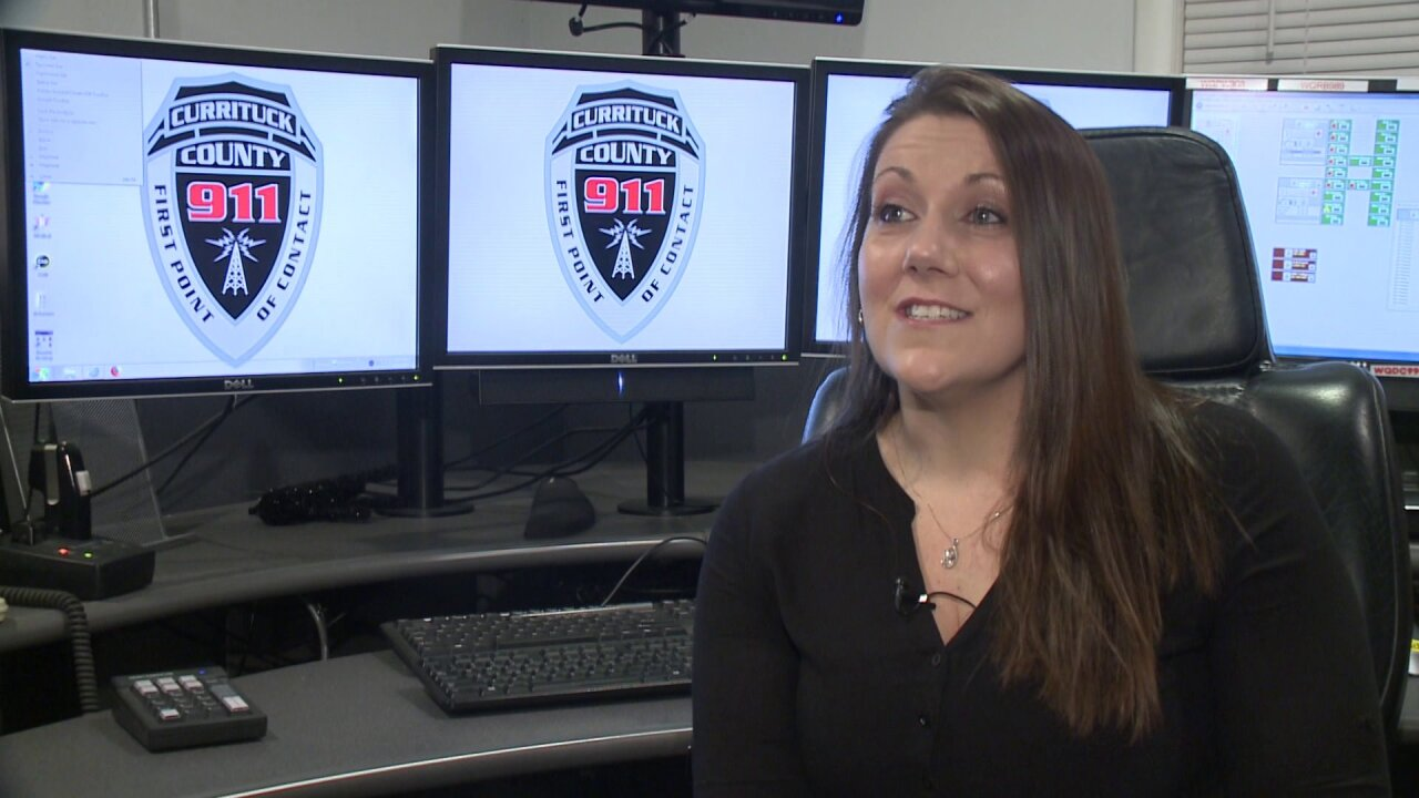 Currituck dispatcher talks couple through roadside delivery of babyboy