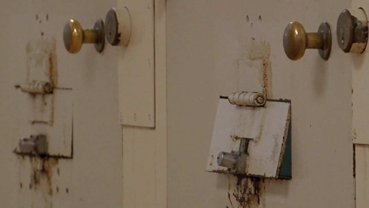 U.S. Marshals: County jail is a damn mess