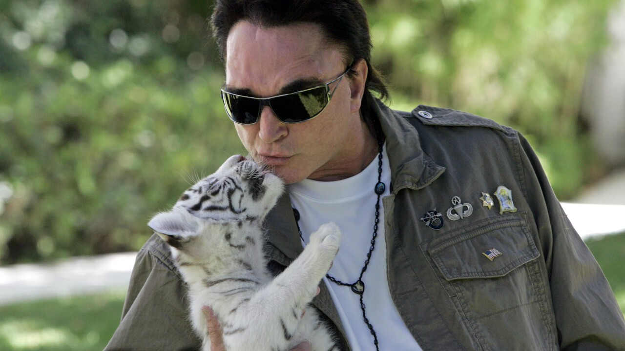 Roy Horn of Siegfried and Roy dead at age 75 from COVID-19