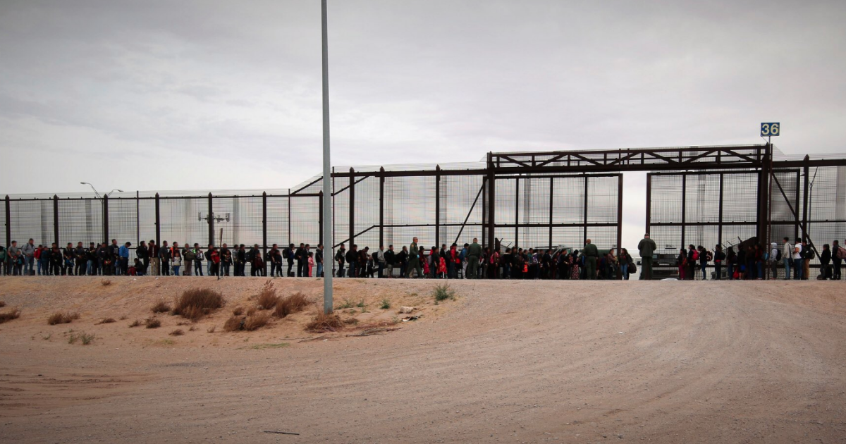 CBP detains nearly 4,000 people along Southwest border in single day