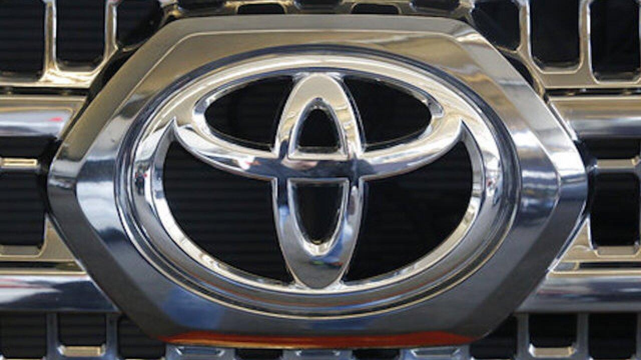 Toyota recalls 250K Tacoma pickups