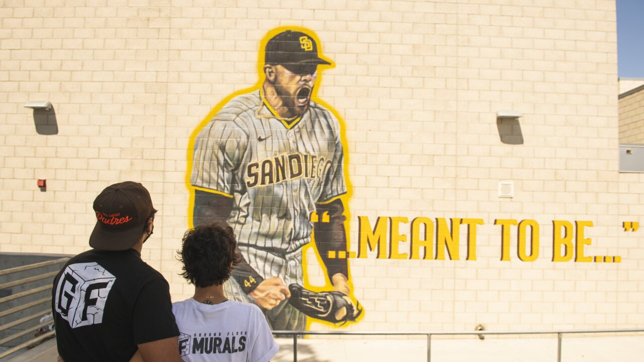 padres joe musgrove grossmont high mural 3.jpg