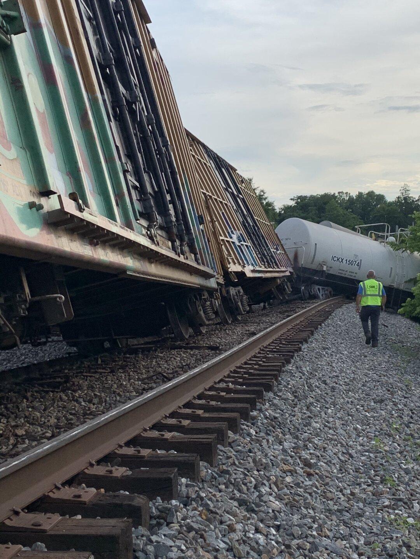 Tredegar Street train derailment 04.jpg