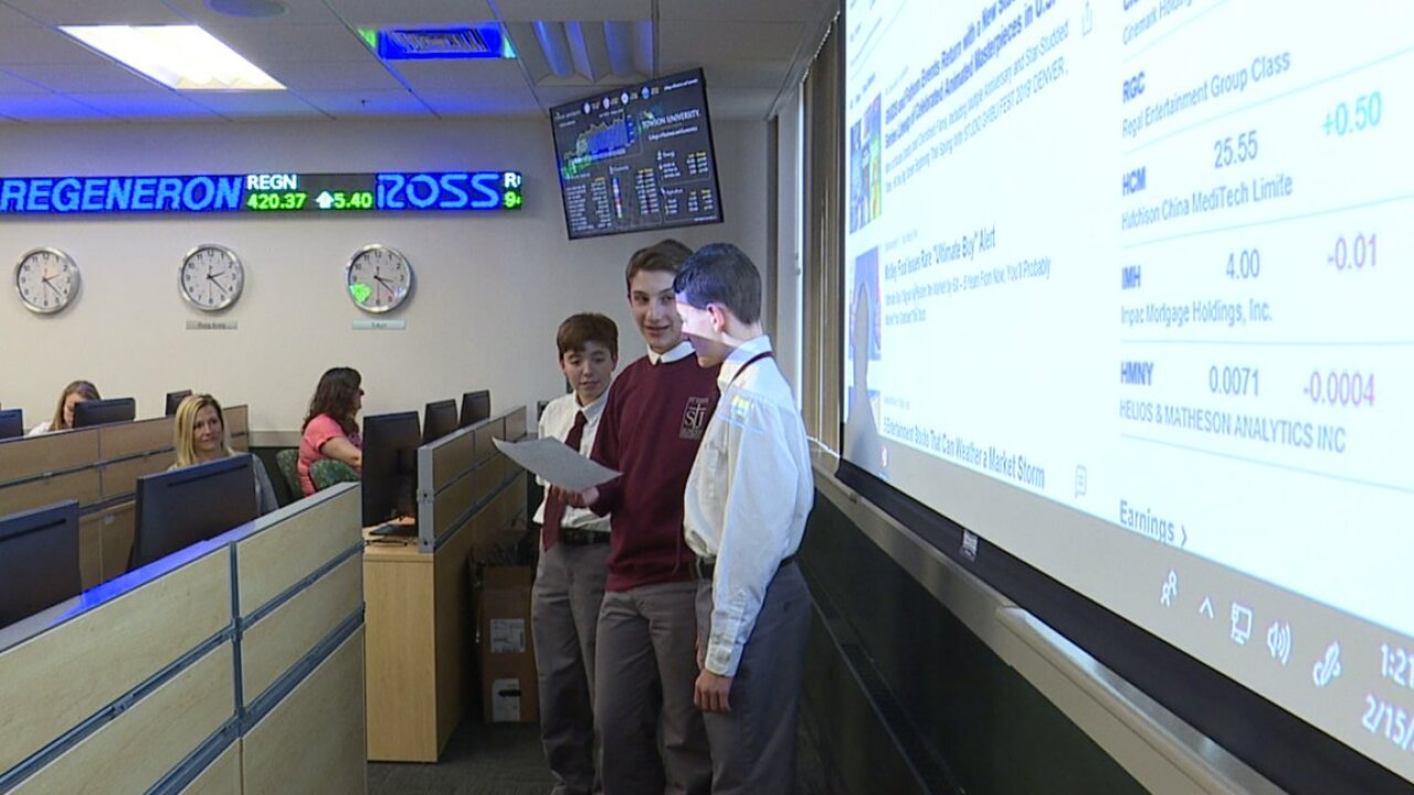 Students in the T Rowe Price Finance Lab at Towson University