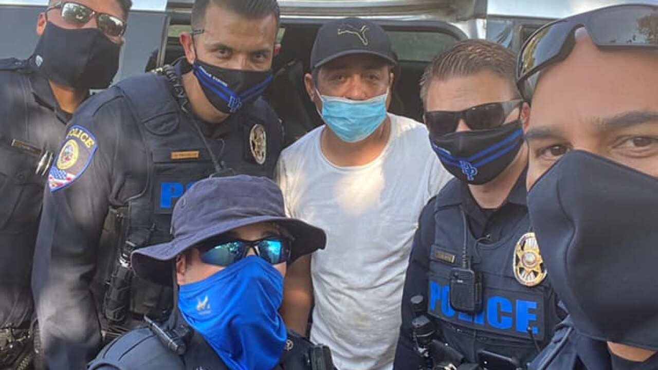 cops3.jpg