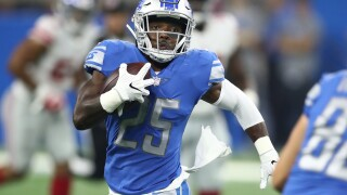 Broncos officially sign former Lions running back Theo Riddick