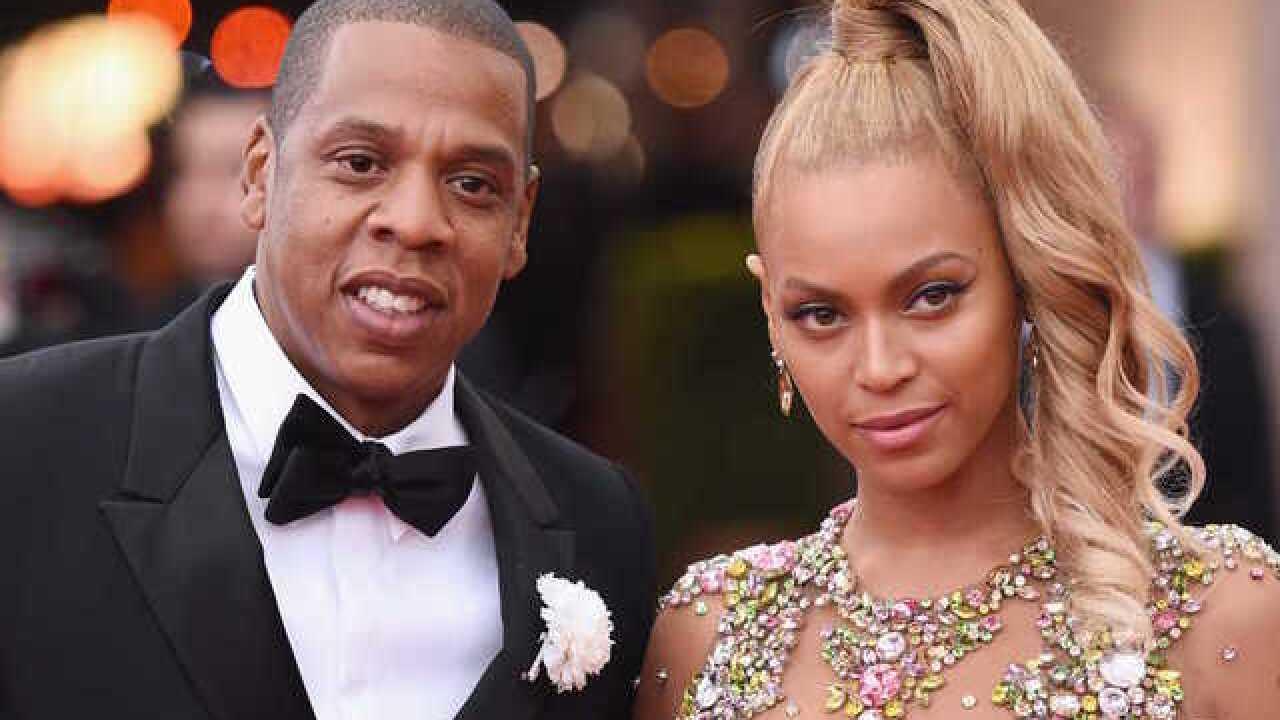 Beyoncé, Jay-Z give teen $100K scholarship