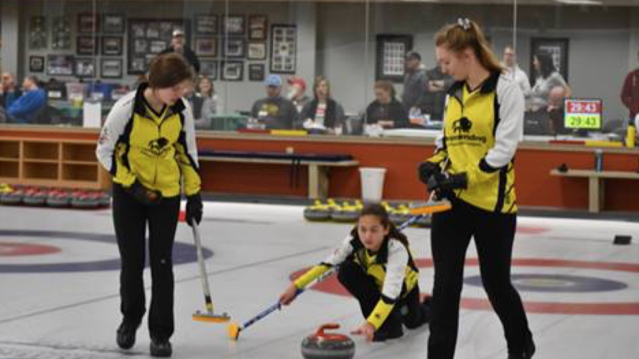 Cleveland athletes to attend national curling tournament