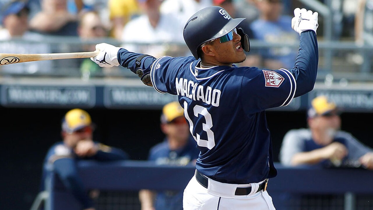 Manny Machado swing spring training