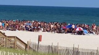 fire island no social distancing crowd