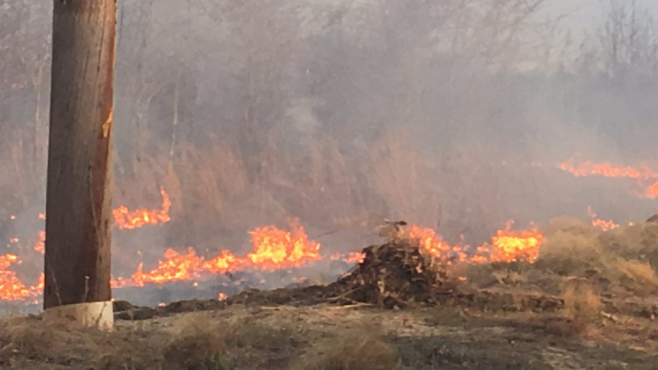 Brush fire in Isle of Wight County puts community onedge