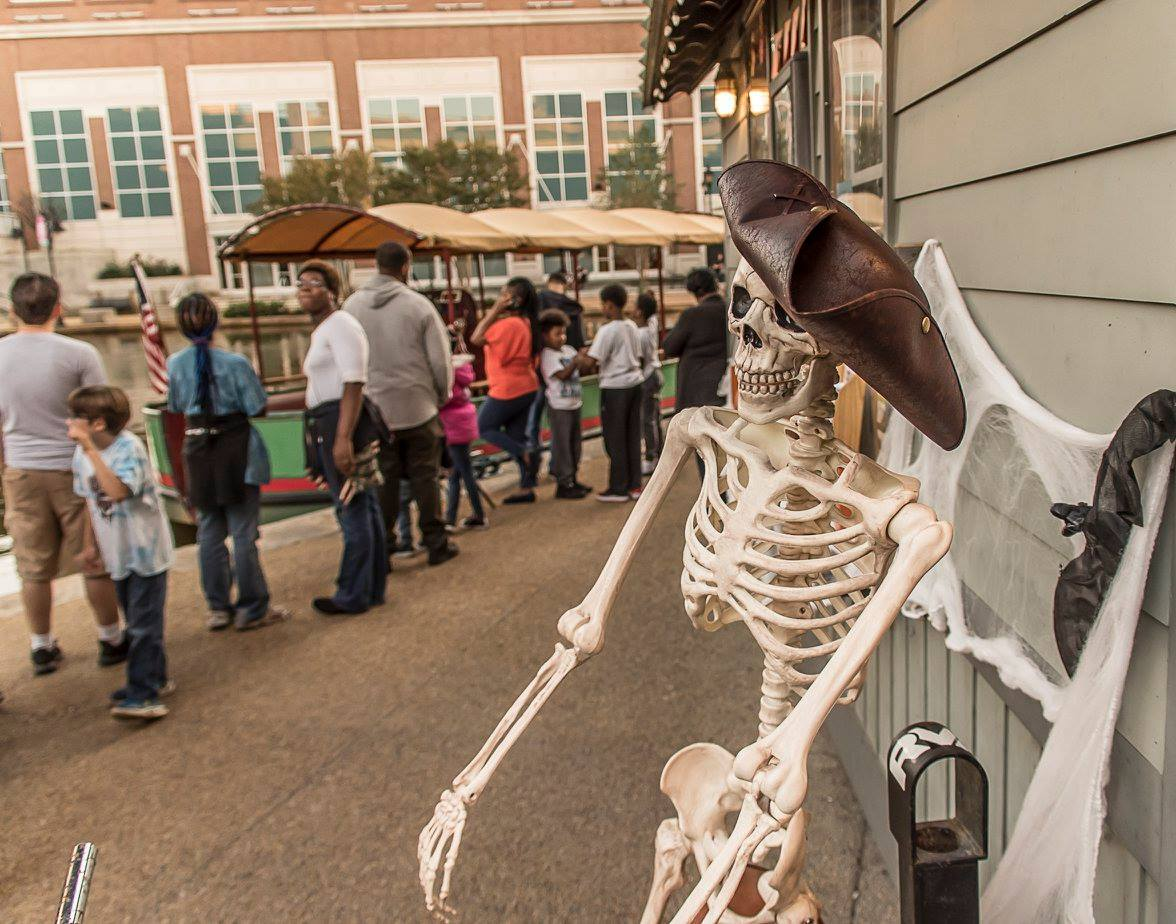 Photos: Eerie Canal Tour returns in Richmond just in time forHalloween
