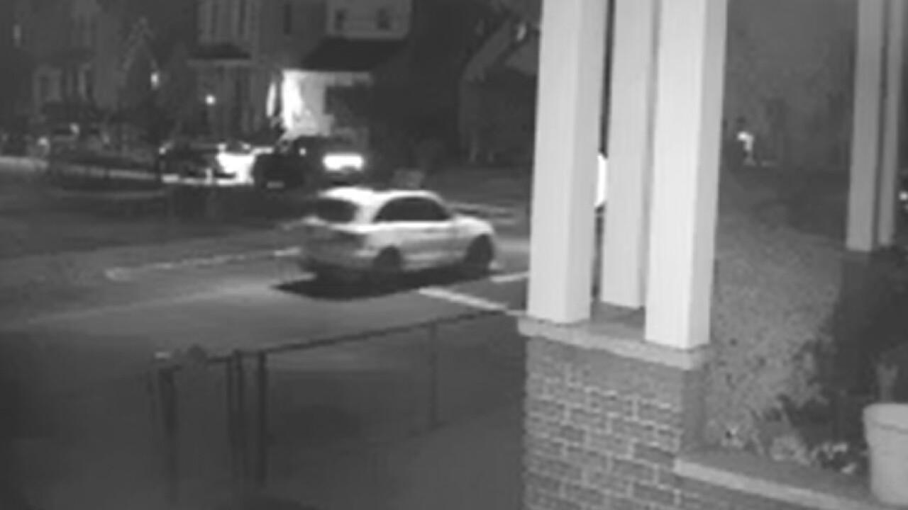 Elmwood_Place_shooting_Suspect Vehicle.jpg