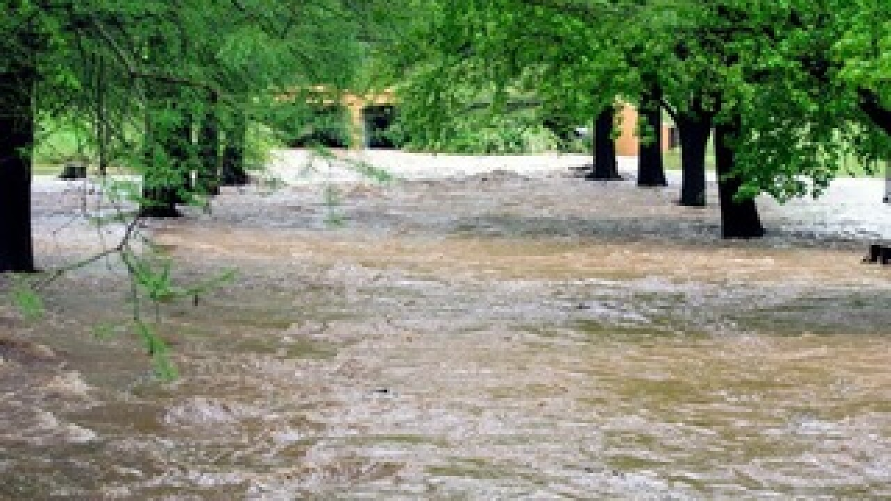 Heavy rains cause flooding throughout Oklahoma