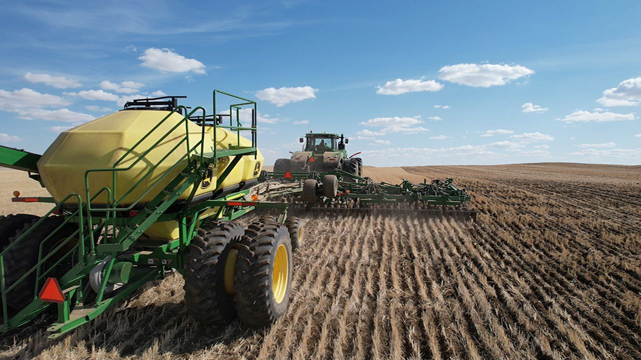 Spring Wheat Planting at Tandy Farms Scobey MT April 2021