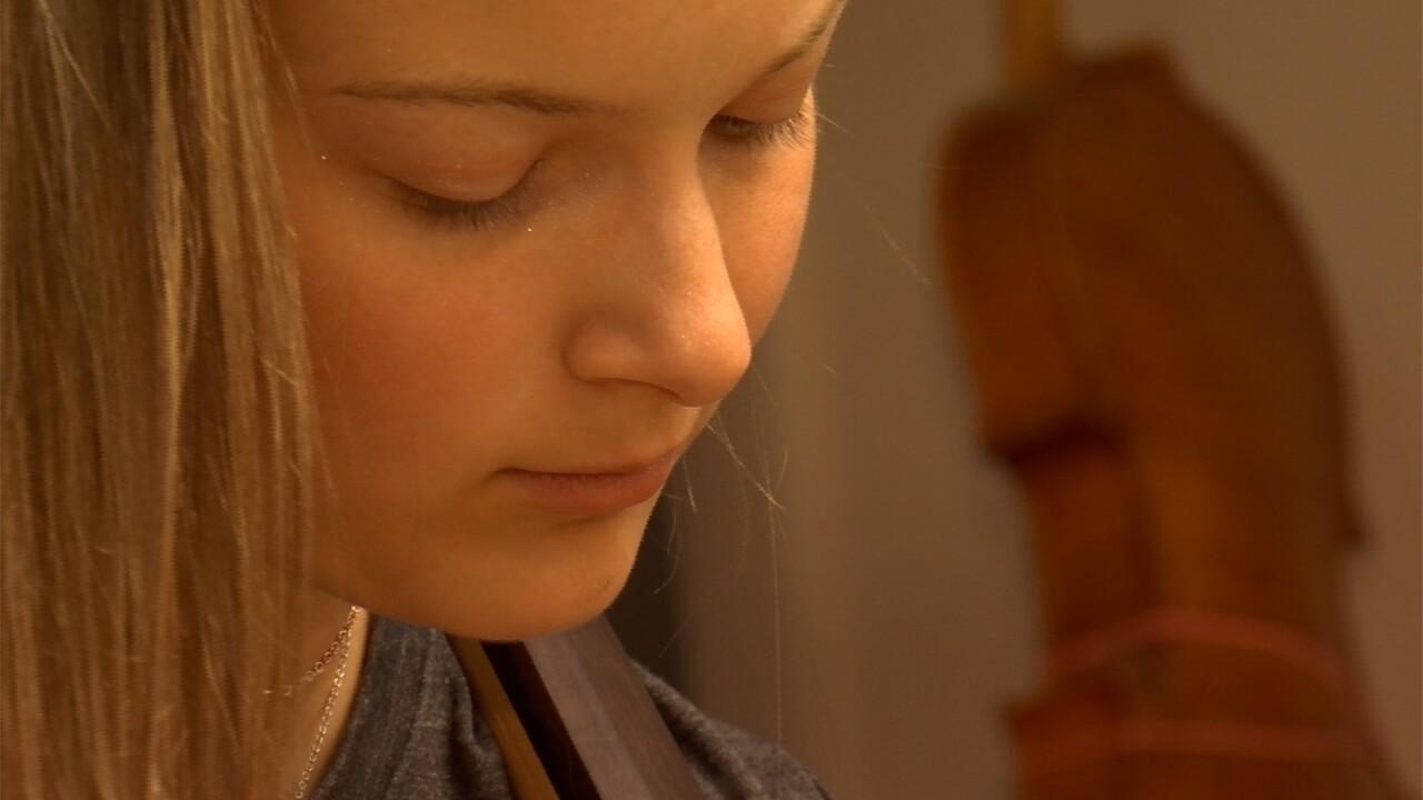 Allie Bullman cello close up