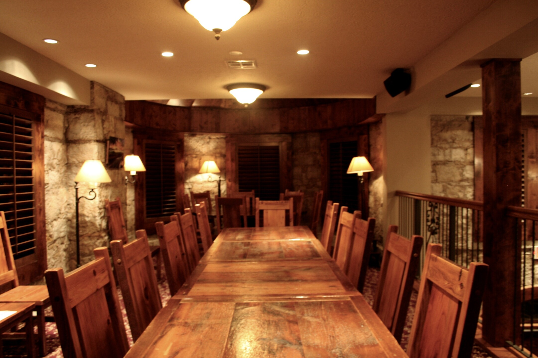Mezzanine Seating Castle Caenen.jpg