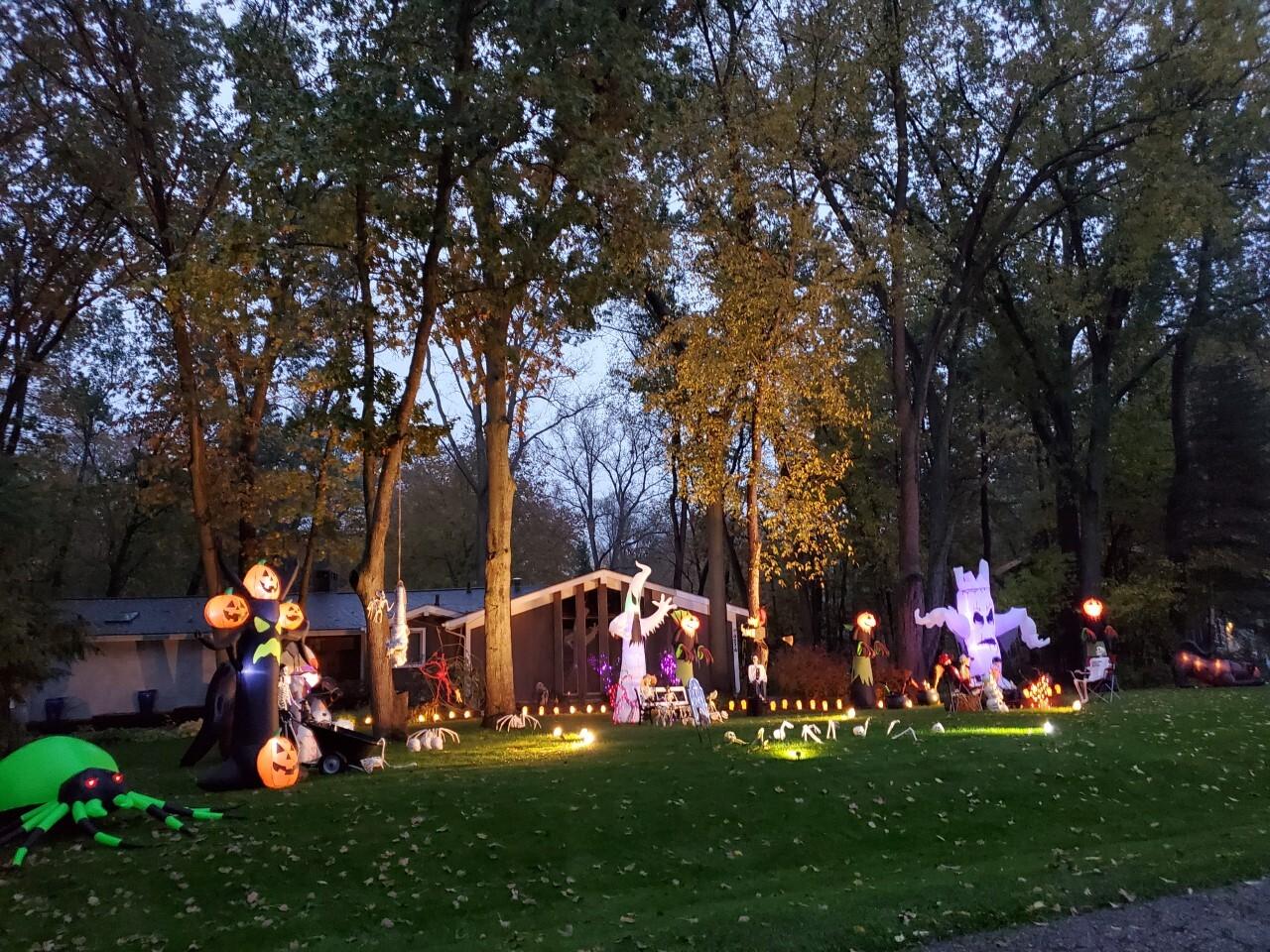 Halloween Decorations16.jpg