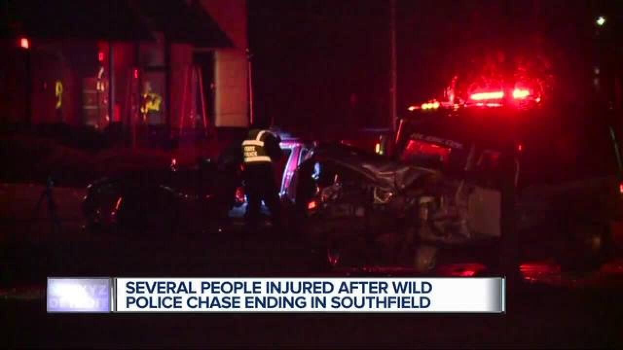 Police chase in crash, injuries