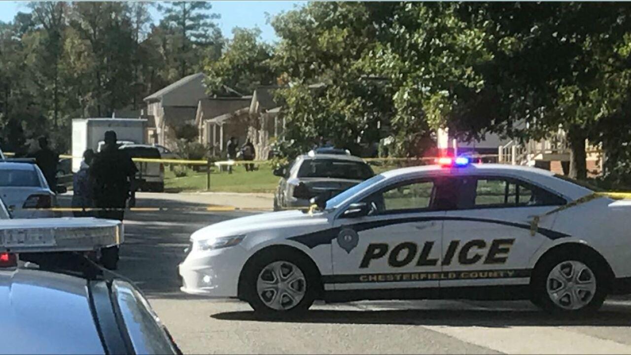 Man found shot to death in car parked in Chesterfieldneighborhood
