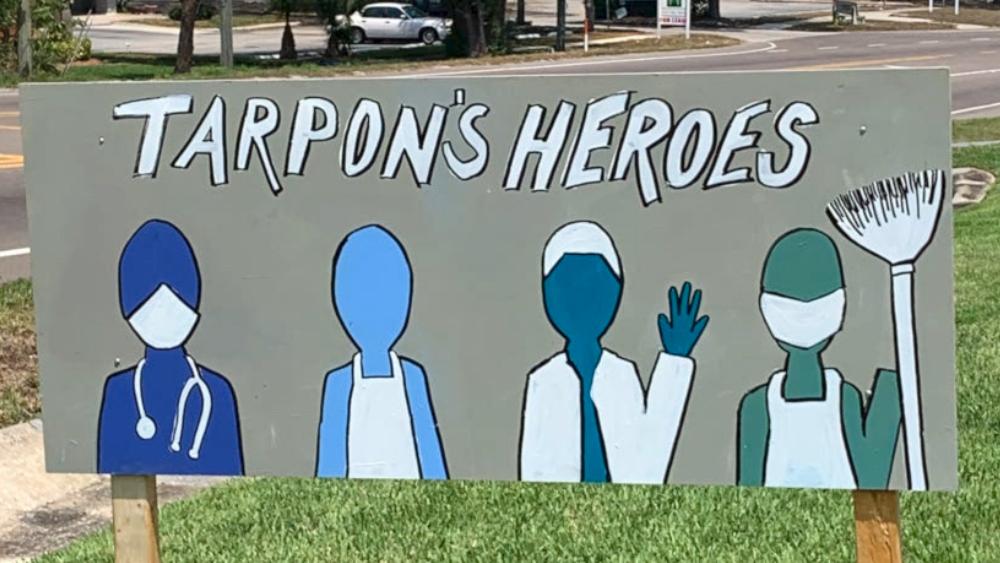 Tarpon's Heroes sign in Tarpon Springs