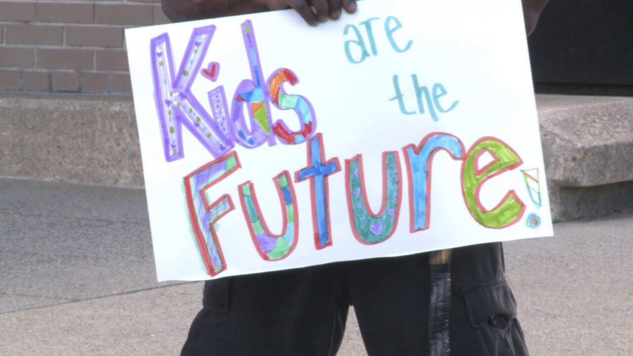 Activists fight for students' rights at Norfolk School Boardmeeting