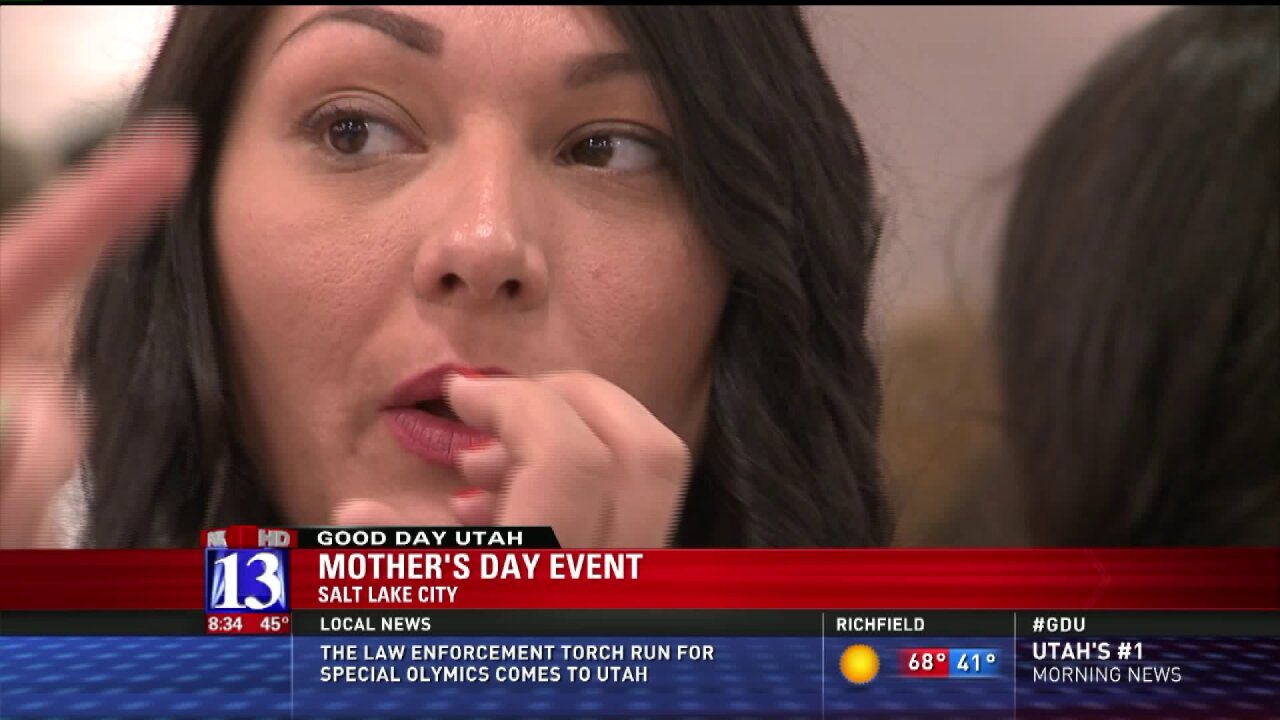 Event treats 500 moms for Mother's Day service project