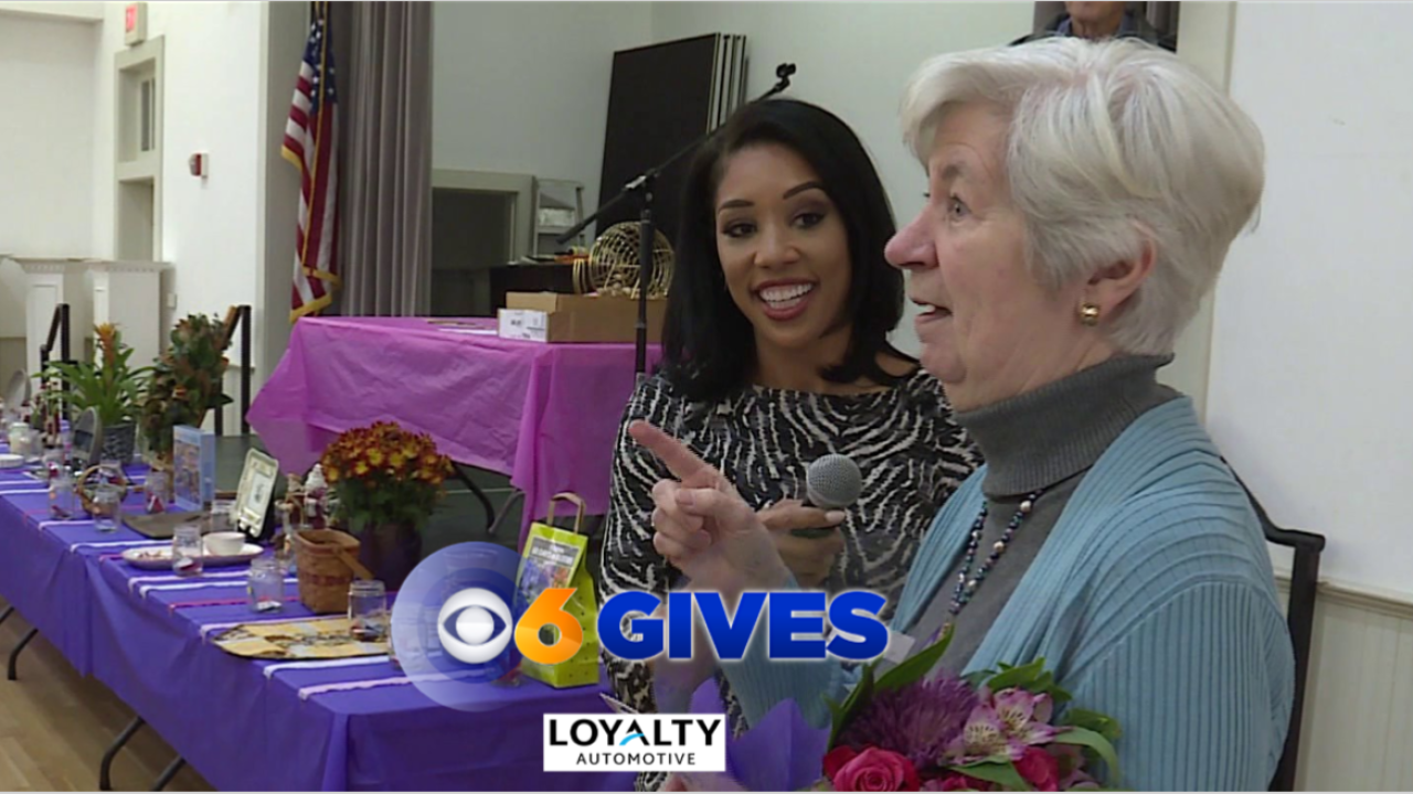 This cancer survivor organizes bingo games to help others beat the disease