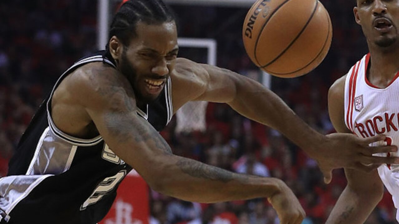 LeBron will have to wait a year for Kawhi to join him in Los Angeles