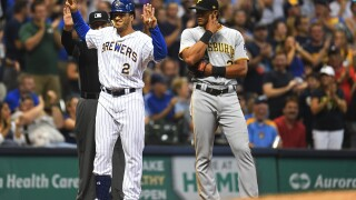 Pittsburgh Pirates  v Milwaukee Brewers