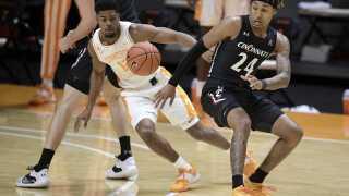 Cincinnati Tennessee Basketball
