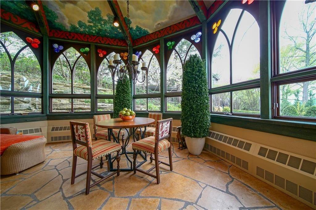 weatherby lake mansion 17