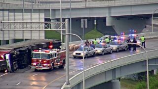 Several pigs on I-65 after semi overturns in downtown Louisville