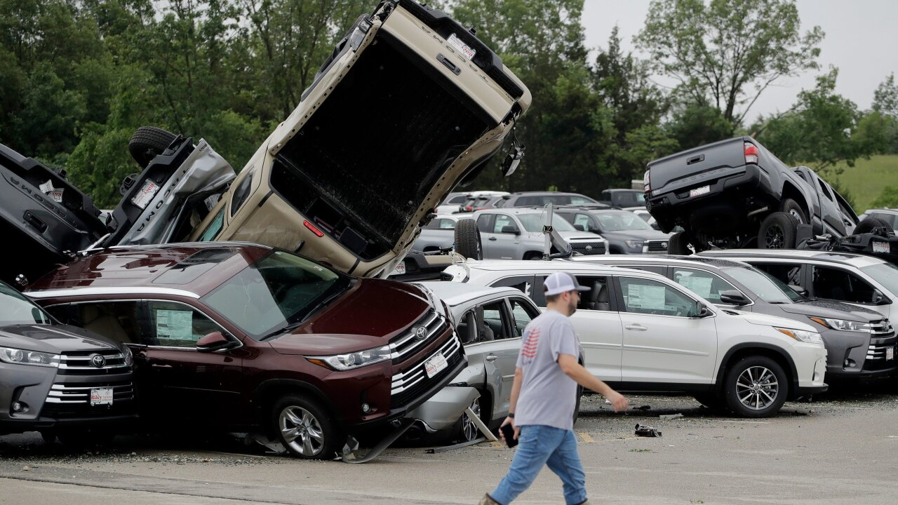 Central US reels from week of deadly weather