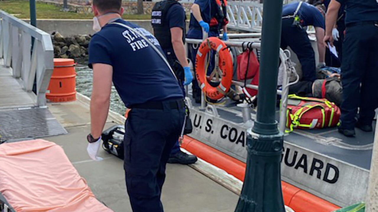 USCG - Six injured in boat collision in Tampa Bay