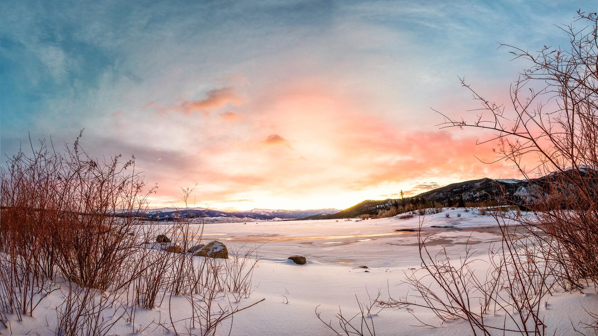 Twin Lakes Sunrise Kimmie Randall.jpg