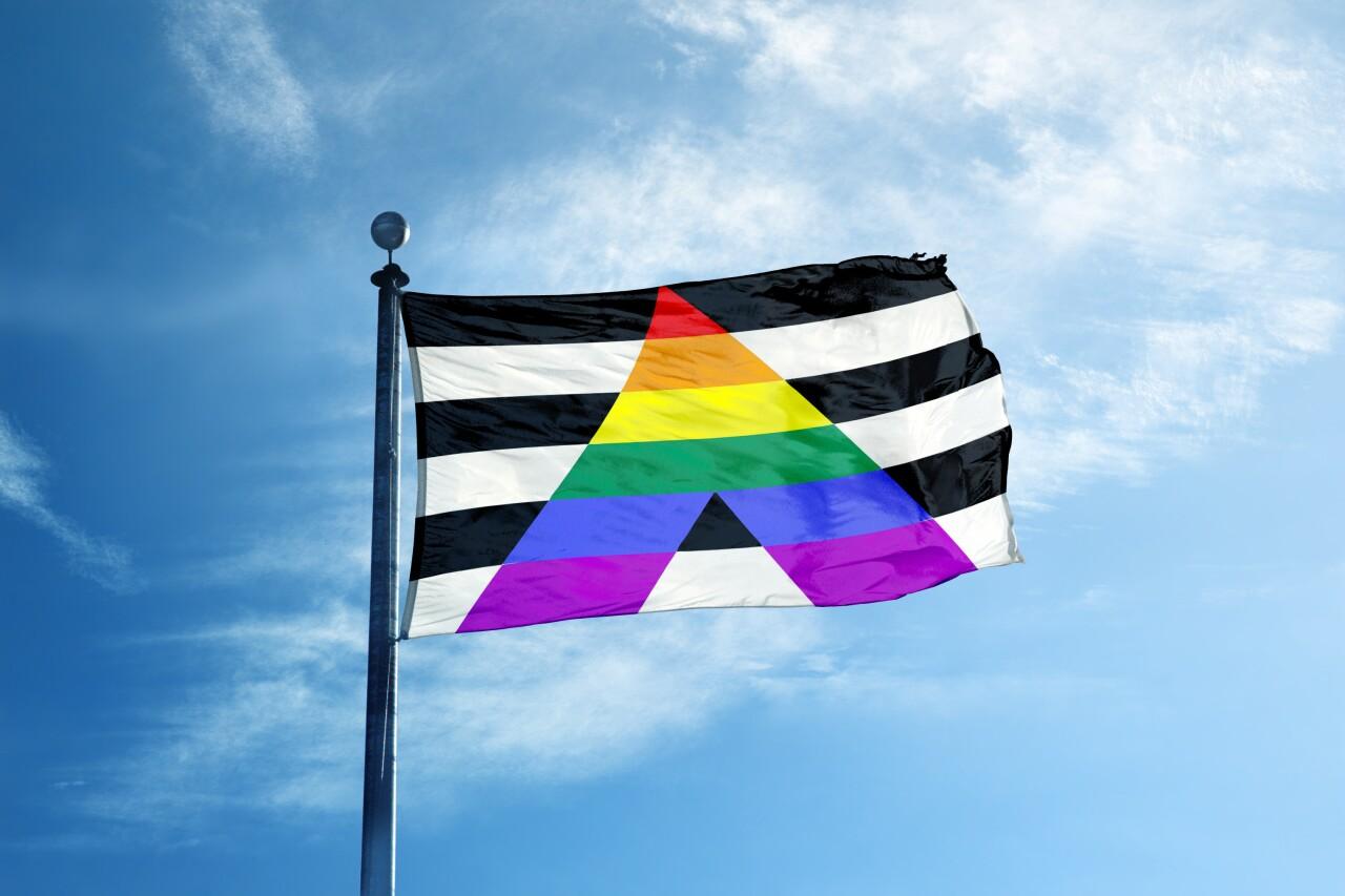 Straight,Ally,Symbol,Flag,On,The,Mast