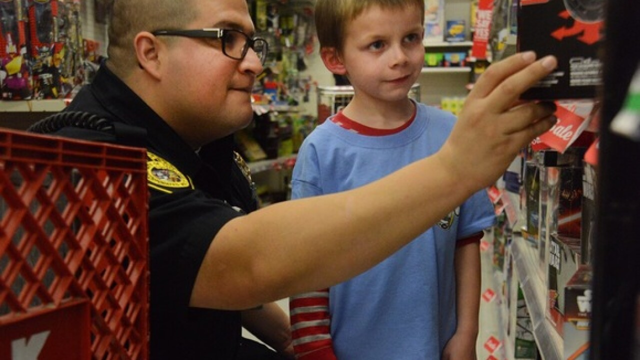 Taft PD hosts annual Shop with a Cop event