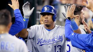 Perez, Moustakas homer in 12th, Royals beat Tigers 5-3