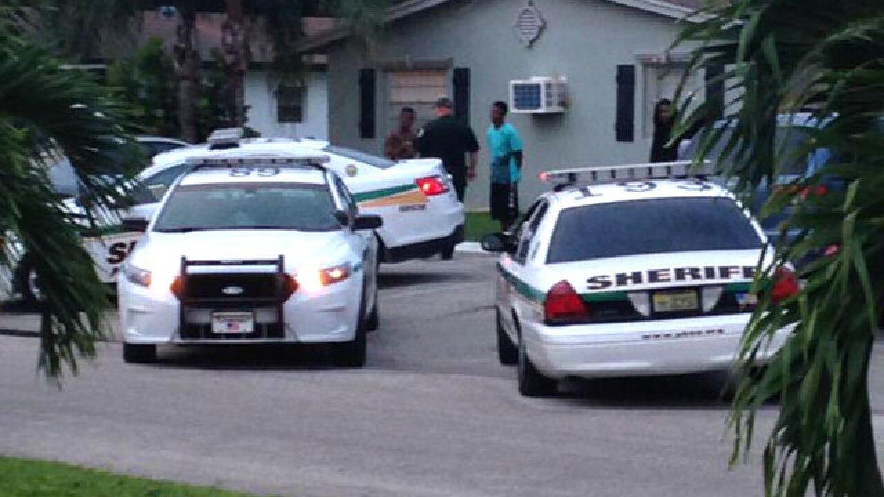 Man shot in the torso in suburban Lake Worth