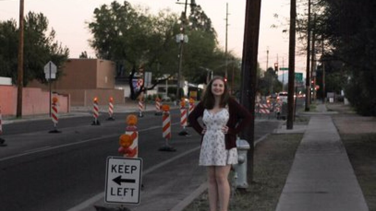 Tucson student goes viral after senior photos
