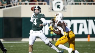 Brian_Lewerke_Arizona State v Michigan State