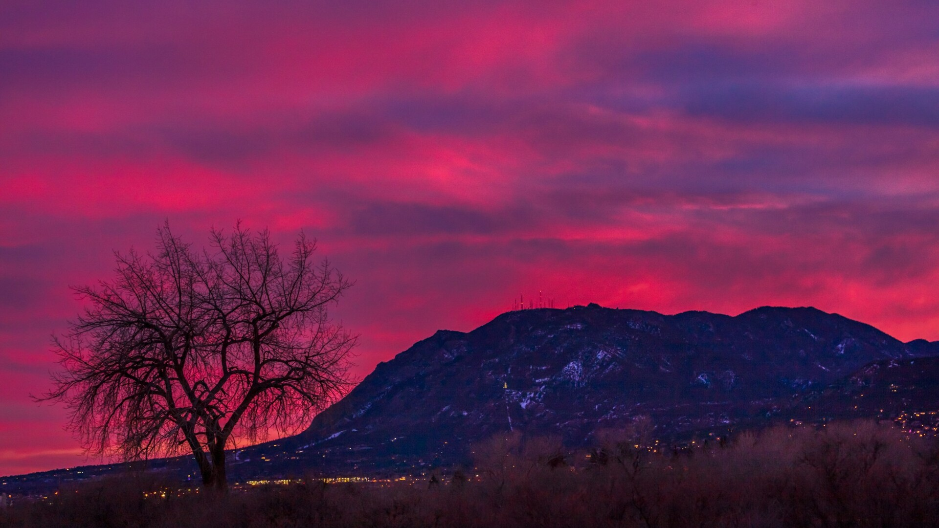 Cheyenne Mountain Sunset Daniel Forster.jpg