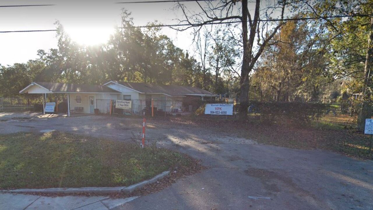 Infant dies after being left in Florida day care center van for 5 hours, deputies say