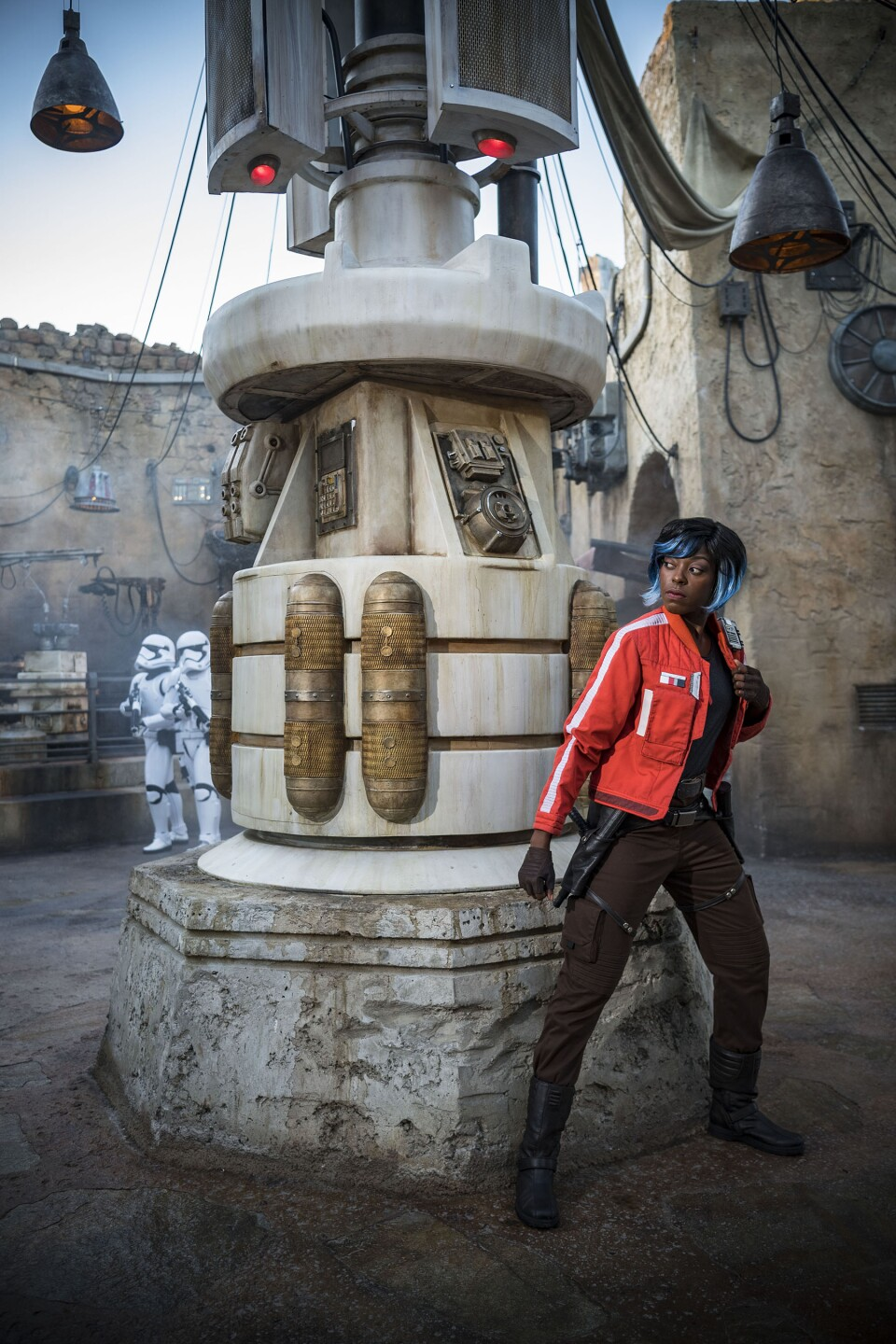 Vi Moradi at Star Wars: Galaxy's Edge