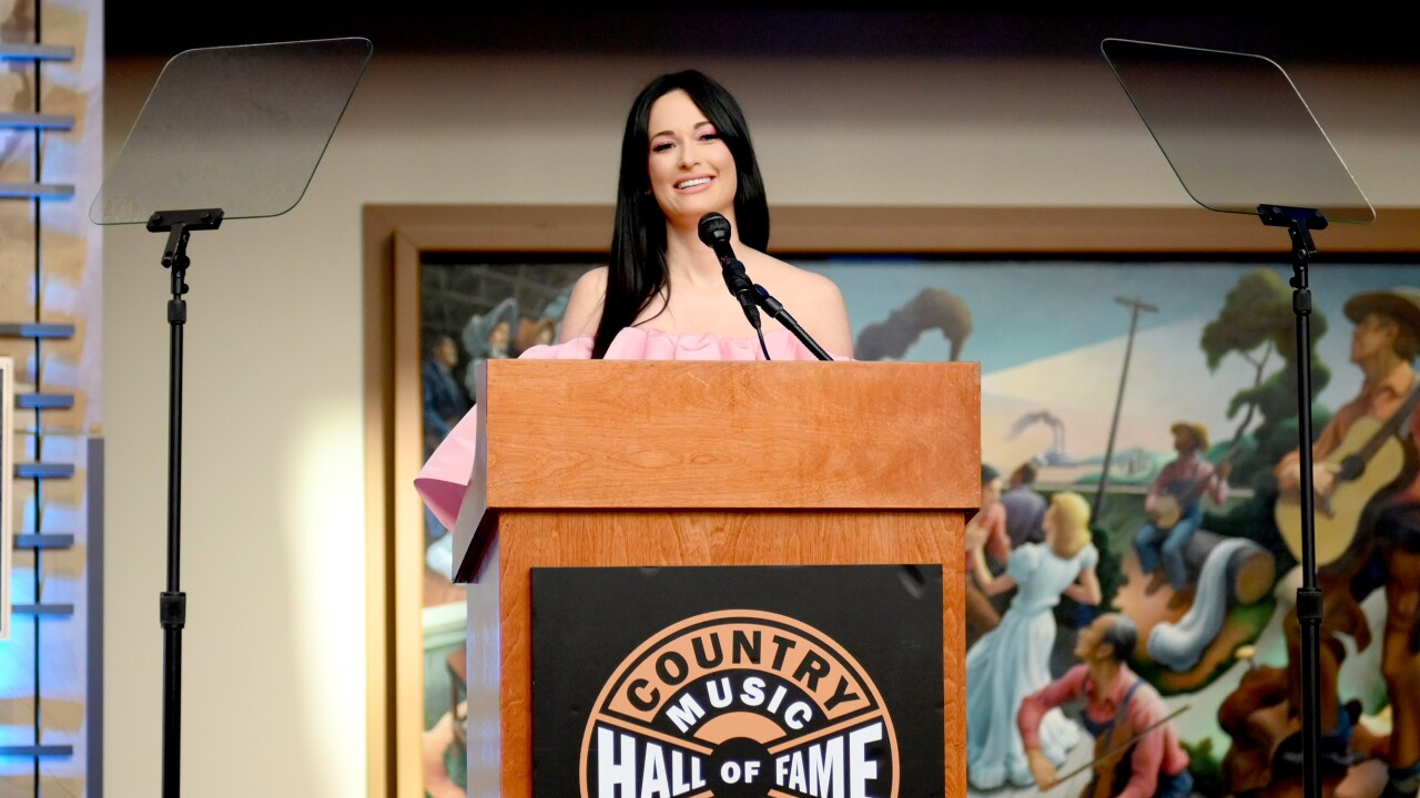 Country Music Hall of Fame and Museum Opens Kacey Musgraves: All of the Colors