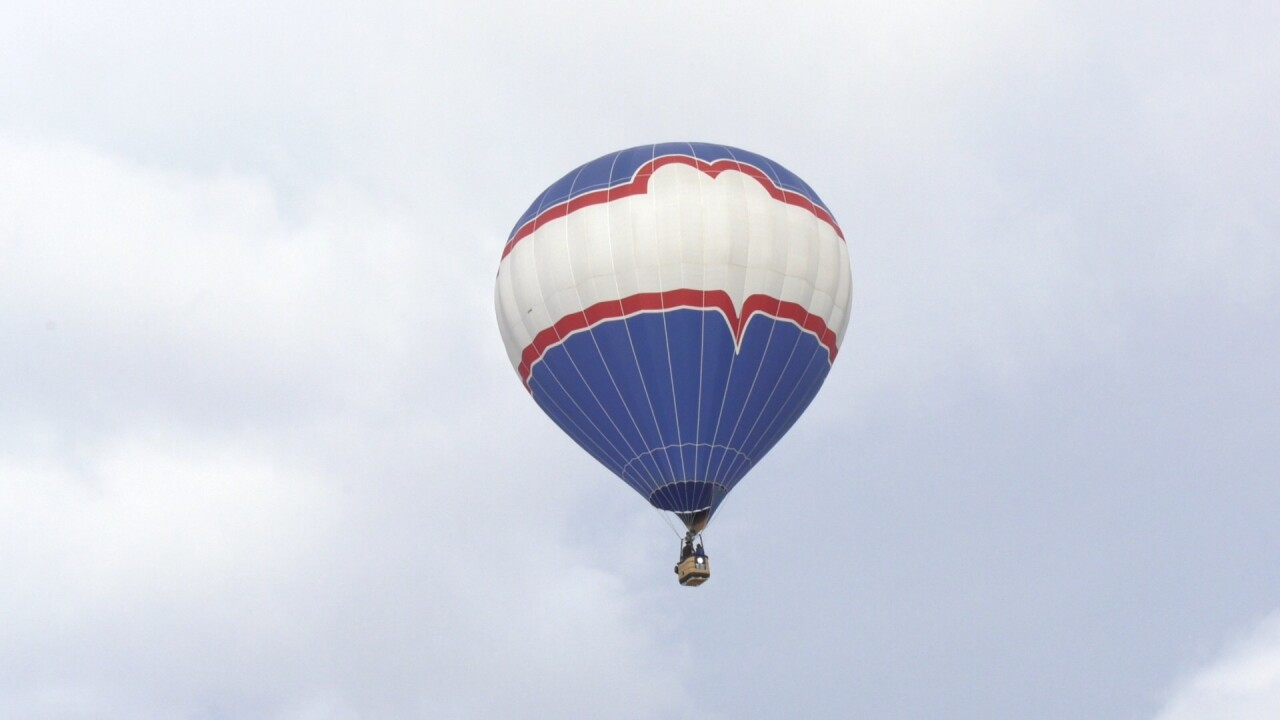 """Independence Day"" family takes Christmas air balloon flight over Gallatin County"