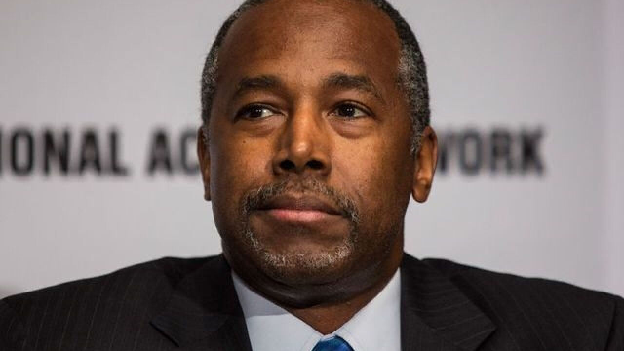 Two top Carson advisers leave his GOP campaign